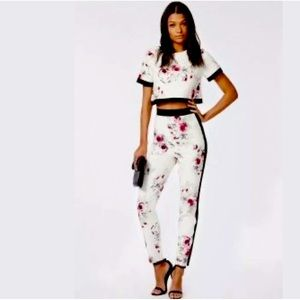 MISSGUIDED WHITE FLORAL 2-PIECE SET XS